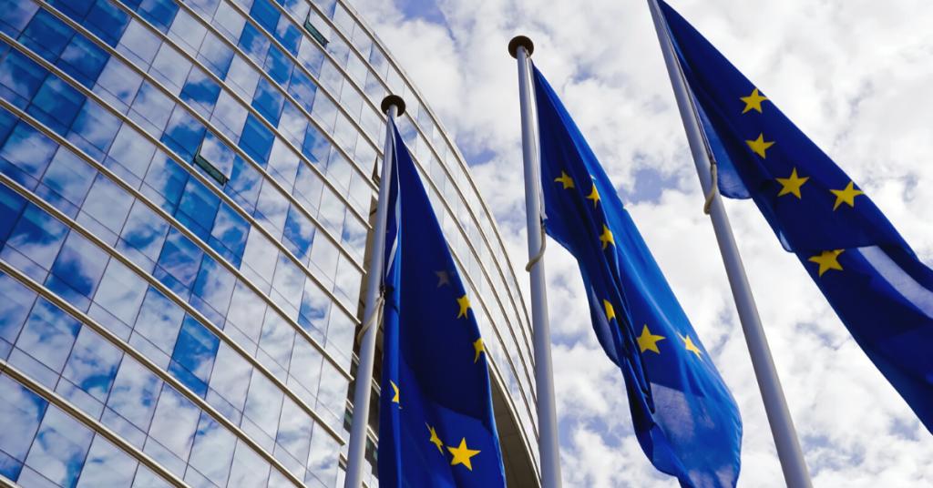 european union flag, who des the gdpr apply to